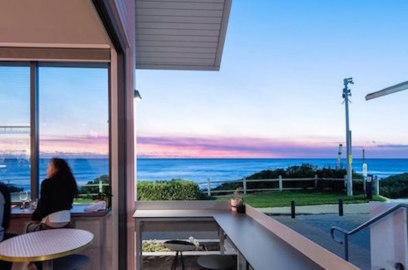 Book ahead at Perth's coastal restaurants NOW open for beachside breakfast, lunch or dinner