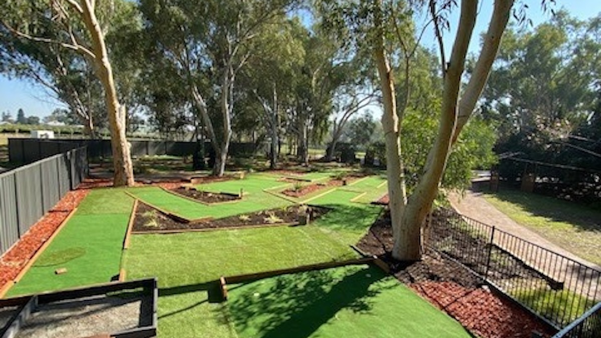 mini-golf in swan valley