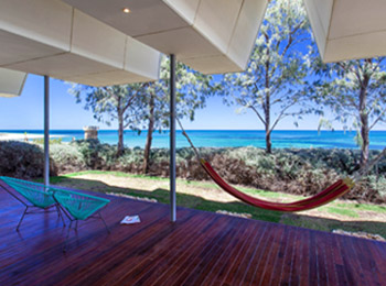 Luxury beach houses, houseboats & a Bali-style oasis for your next Mandurah getaway
