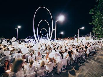 Last chance to score tickets to Le Dîner en Blanc, Perth's secret long table dinner