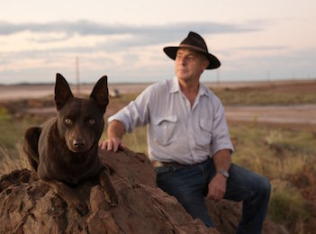 Dr Rick Fenny releases autobiography of Red Dog Vet chronicles